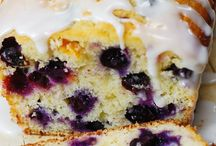 Blueberries and lime cake