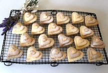 Biscuits and Cookies / by Pink Polka