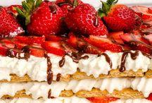 Cakes/Cupcakes/Rolls