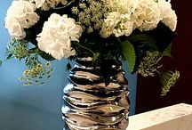 Сorporate Florals / Add a fresh look and new life in your workplace with florals!