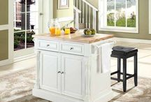 Kitchen Islands / by Raynie Laware