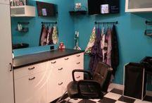 My future salon / by Amber Scesney