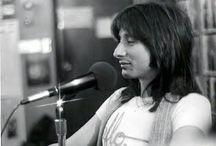 Steve Perry...my fav singer  / by Linda Foster