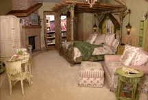 Shabby Chic Bedroom / by Vicki Paul
