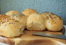"""Brot & Brötchen / Hier findest du Brot und Brötchen nach """"Ofenliebes Art"""""""