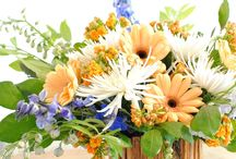 BEST Flower Arrangements & Centerpieces / Beautiful flower arrangement ideas. Centerpieces for every season and every budget. Decorating ideas for your dining table that anyone can do!