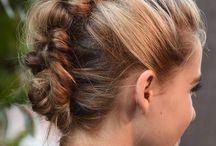 Tresses et jolies coiffures