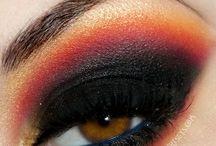 Beauty: Eyes / by Alethea Davenport