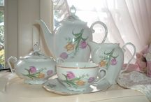 coffee set or  teaset roses