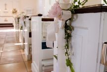 Wedding Ceremony Flower Arrangements / Flowers arrangements to set the mood for your ceremony in Naples, FL.