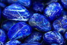 Pantone: Lapis blue