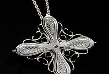 kaulakoruja - necklace  (jalometalli)