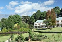 Mont Aux Sources Hotel / Experience the stunning natural beauty of the Drakensburg, while enjoying numerous onsite activities. Mont Aux Sources welcomes guests from around the world and is renowned for its warmth and hospitality.