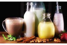 Nut Milks / DIY nut milk making and homemade milks