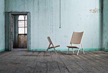 """Sedia D.270 design Giò Ponti x Molteni&C. / """"Ed ecco la nuova sedia larga a sedile stretto e pieghevole"""". Così scrive Gio Ponti nel 1970, descrivendo la nascita di una sedia, diversa da tutte le altre."""