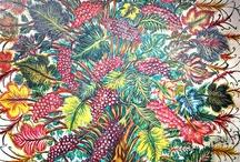 Séraphine de Senlis / Séraphine Louis dite Séraphine de Senlis, née à Arsy (Oise) le 3 septembre 1864 et morte le 11 décembre 1942 (à 78 ans) à Villers-sous-Erquery, est une peintre française dont l'œuvre est rattachée à l'art naïf.  Autodidacte, elle s'est inspirée d'images pieuses. Ses motifs décoratifs répétés, ses tableaux gorgés de lumière et de couleurs, sont parfois interprétés comme le reflet de son état psychique (« extase ») (wikipedia)