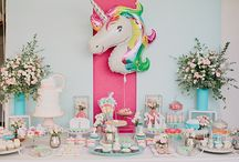 RAINBOWS AND UNICORNS: MATILDE'S BAPTISM / We celebrate Matilde's first birthday and baptism in a great unicorn and rainbow theme party! In a party with many colors, as the theme demanded, the palette tended more to the pastel tones, which added a touch of extra charm to the party.
