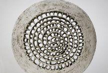 intaglio ceramica