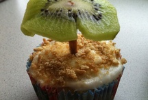 cupcakes! / cupcakes, baking, DIY, tutorial