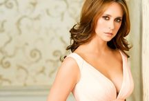 CELEBRITY ● JENNIFER LOVE HEWITT