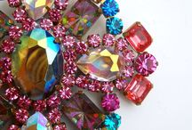 Vintage Jewelry & Fashion - Adorn Your World / Vintage fashion and jewelry group board. Have a website or shop on a vendor site?  Sell Vintage jewelry or fashion?  Or just love jewelry or fashion?  If so, follow the board and I'll add you.  Only vintage jewelry and fashion, please