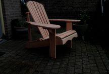Houtbewerking / Maken van stoelen op bestelling.