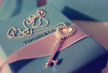 Wish List / by Fabiana Bartorilla