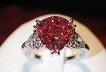 Pink diamond / Ružové diamanty