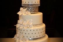 Cake Ideas / by Sandra Quintana