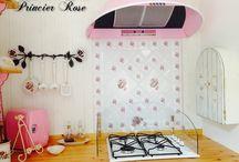 Rose Kitchen / 自宅のキッチン