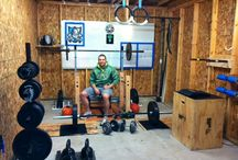 Crossfit world / Gym tools quotes nutrition training routines and much more