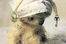 Bears and quilts / Inspiration for beautiful handmade heirloom bears and quilts