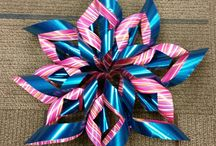 Paper Stars / Pictures of paper stars craft done at the library in November 2015.