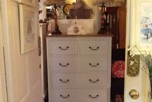 Drawers/Bedroom Drawers / Drawers, who could manage without them? We stock large drawers, tallboys, small drawers, quirky drawers. You can have them in solid wood or painted in a colour of your choice. Drawers for your bedroom or any other room.