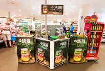 Carbonell 'Salad in a jar' / Carbonell inspireert. Tijdens de wekelijkse boodschap kreeg je bij aankoop van Carbonell een rijk gevulde 'salad in a jar' gratis! Leuk om ook thuis te maken.