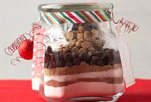 Homemade Christmas Food Gifts / The season's best recipes are the ones that double as gifts — especially when you pair them with clever packaging ideas. More ideas: 