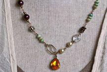 mis accesoriis / Perlas pepas y figuras