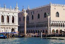 """#PLAZA DE SAN MARCOS / La única plaza de Venecia. Lugar de encuentro de todo el turismo y catalogada como """"el balcón de Europa"""""""