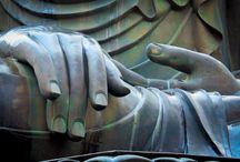 BUDDHA... / szobrok, kezek.....SUKHOTHAI romváros /Thailand