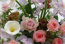 【お誕生日のお祝花】生花ギフト / Flower noteの生花アレンジ。 お誕生日のお祝い用アレンジのギャラリーです
