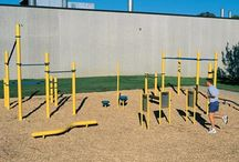 LSI Fitness / Fitness LSI provides some training areas using many different fitness elements that are combined to create sports areas. Thanks to the large variety of elements and compositions, we can adapt to the size of the area and the required budget.