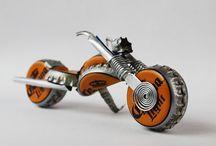 Metal oyuncaklar