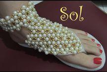 sandale din perle