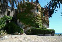 Torre Sant'antonio / Il fantastico resort sulla spiaggia intorno alla dimora storica di Torre S.Antonio