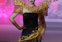Fashion! / by Kathleen Bush