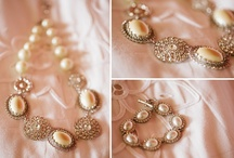 Bridal jewellery and accessories / Jewellery and accessories for brides