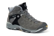 Trail Hiking / Shoes designed for hiking and leisure. Comfortable fit, ideal for everyday use.