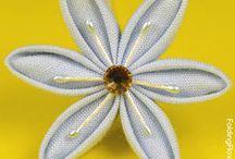 Threaded Kanzashi Tutorials / flower petals threaded together to form threaded Kanzashi flowers