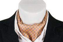 Jedwabne fulary / Kolekcja eleganckich fularów męskich uszytych z naturalnych tkanin w modnych kolorach oraz unikatowych deseniach. Fulary dostępne na www.pewienpan,pl