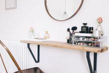 Desk / Vanity.